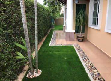 Pemasangan Rumput Tiruan (Artificial Grass) di Taman Cheng Baru Melaka