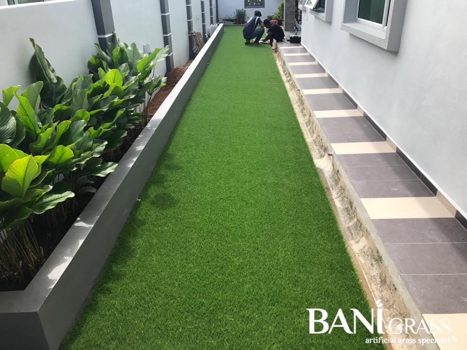 Pemasangan Rumput Tiruan (Artificial Grass) di Tangga Batu Perdana Melaka