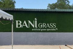 Pemasangan rumput tiruan (artificial grass) di Restoran Waris Corner Gemas