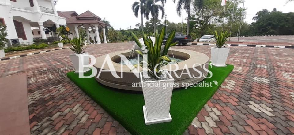 Pemasangan Rumput Tiruan (artificial grass) di Kediaman Rasmi Ketua Menteri Melaka